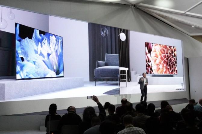 소니는 TV 화질 전용 반도체 X1 얼티미트를 발표했다. 8k 해상도의 이미지까지 실시간으로 처리한다.
